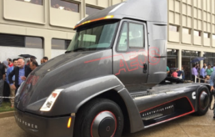 Cummins Unveils Electric Class 7 Truck and More